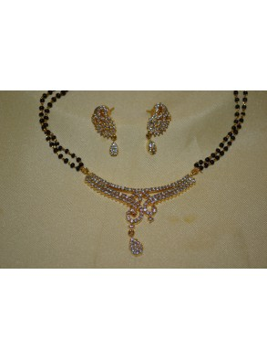 http://mahicollections.com/7583-thickbox/black-beads-chain-with-cz-pendent-s27-19.jpg